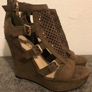 Women's Guess Shoes